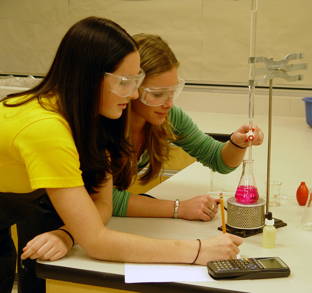 science-students-1241156-639x601